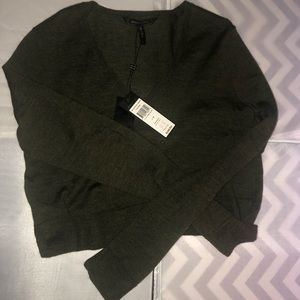 BCBG MAXAZRIA crop sweater